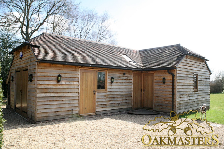 Bay garage and games room l shaped complex oakmasters