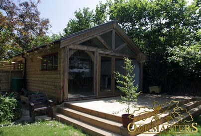 Galleries for oak garages and oak outbuildings oakmasters for Garden rooms sussex