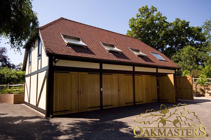 4 bay closed oak garage with leisure room above oakmasters for 4 bay garage