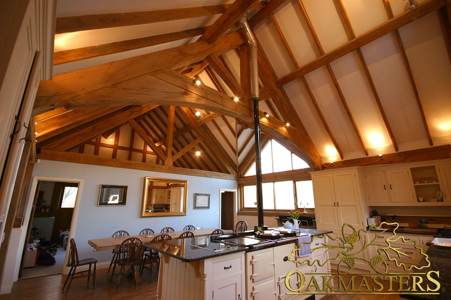 Raised tie trusses in kitchen and dining extension