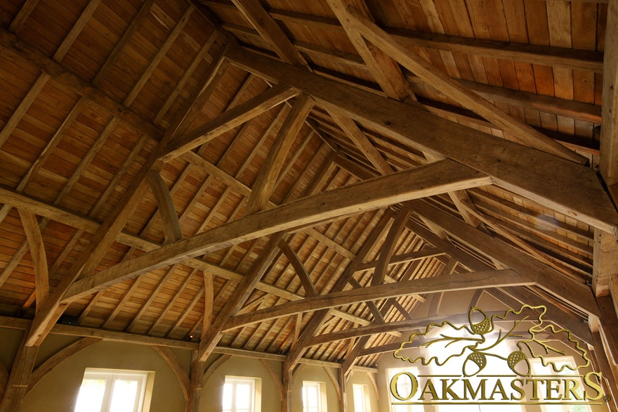 Trusses and roofs for extra head room oakmasters for Exposed trusses cost