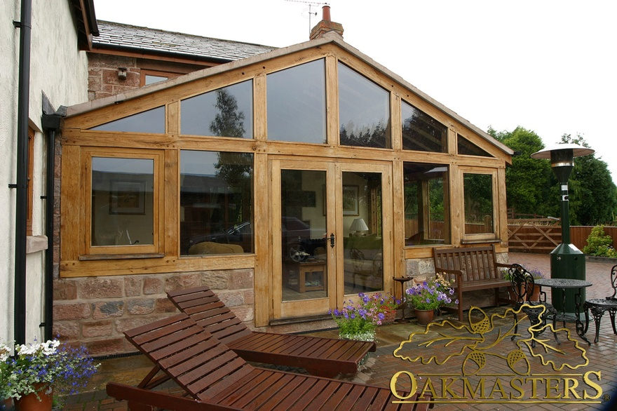 Oak and stone sunroom in cheshire oakmasters for Garden rooms cheshire