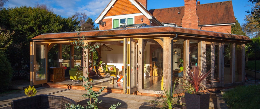 the difference between garden rooms orangeries and conservatories