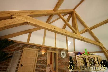 46-oakmasters-oak-framed-building-1069.jpg