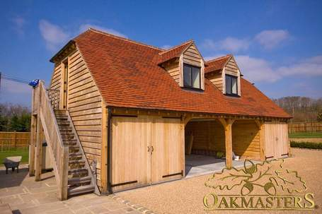 blog-1018-oakmasters-timber-garage.jpg