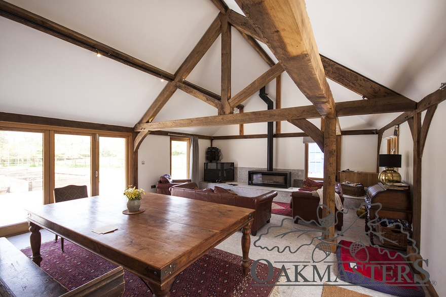 Fit For A King 7 Oak King Post Trusses To Transform Your
